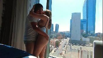 Sexo sensual casal transando no prédio