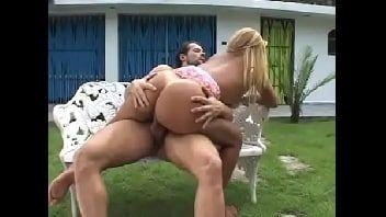 Rita cadillac xvideos vadia da bunda gigante fazendo um porno maravilhoso com o bem dotado