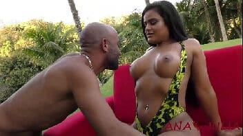 X vidio sexo, gostosa transando ao ar livre