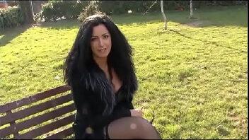 Video porno madrasta peituda e que adora uma boa foda