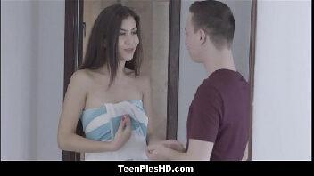 Videos pornos em hd safadinha fazendo sexo com seu namorado depois do banho