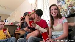 Xvideos festa regada a putaria e muita safadeza